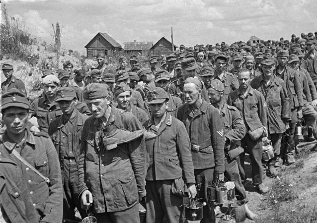 Unos presos alemanes en Bielorrusia