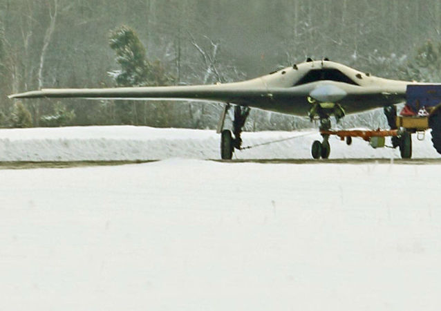 Dron ruso S-70 Ojotnik