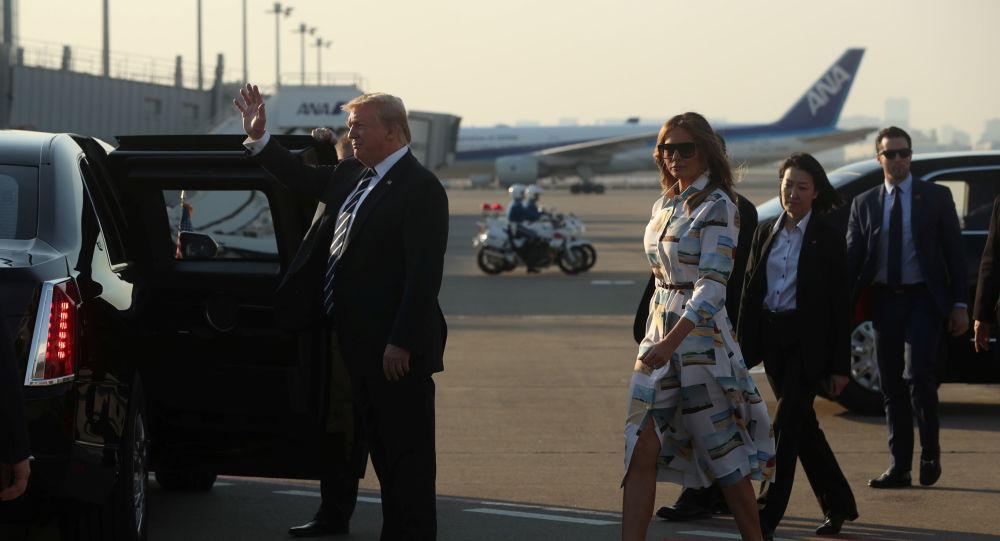 El presidente de EEUU, Donald Trump y su esposa Melania Trump arriban a Tokio, Japón