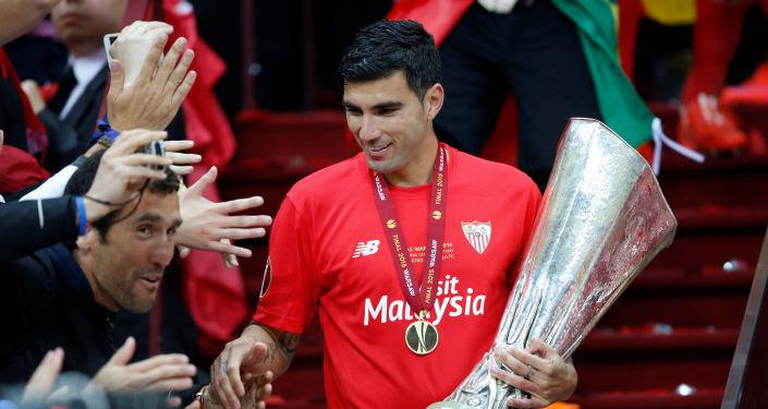 El futbolista español, José Antonio Reyes