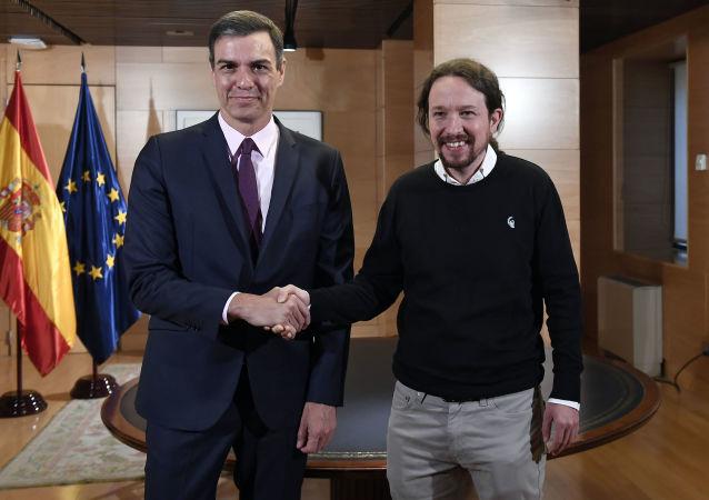 Los líderes del PSOE, Pedro Sánchez, y de Podemos, Pablo Iglesias (archivo)