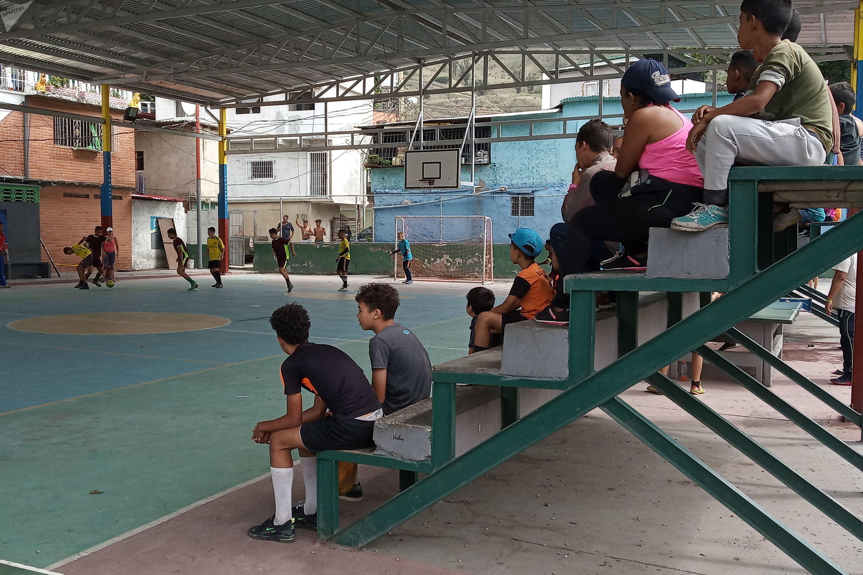 En Venezuela, no es el objetivo de los juegos comunales generar cuadros de deportistas de élite, sino establecer espacios de desarrollo