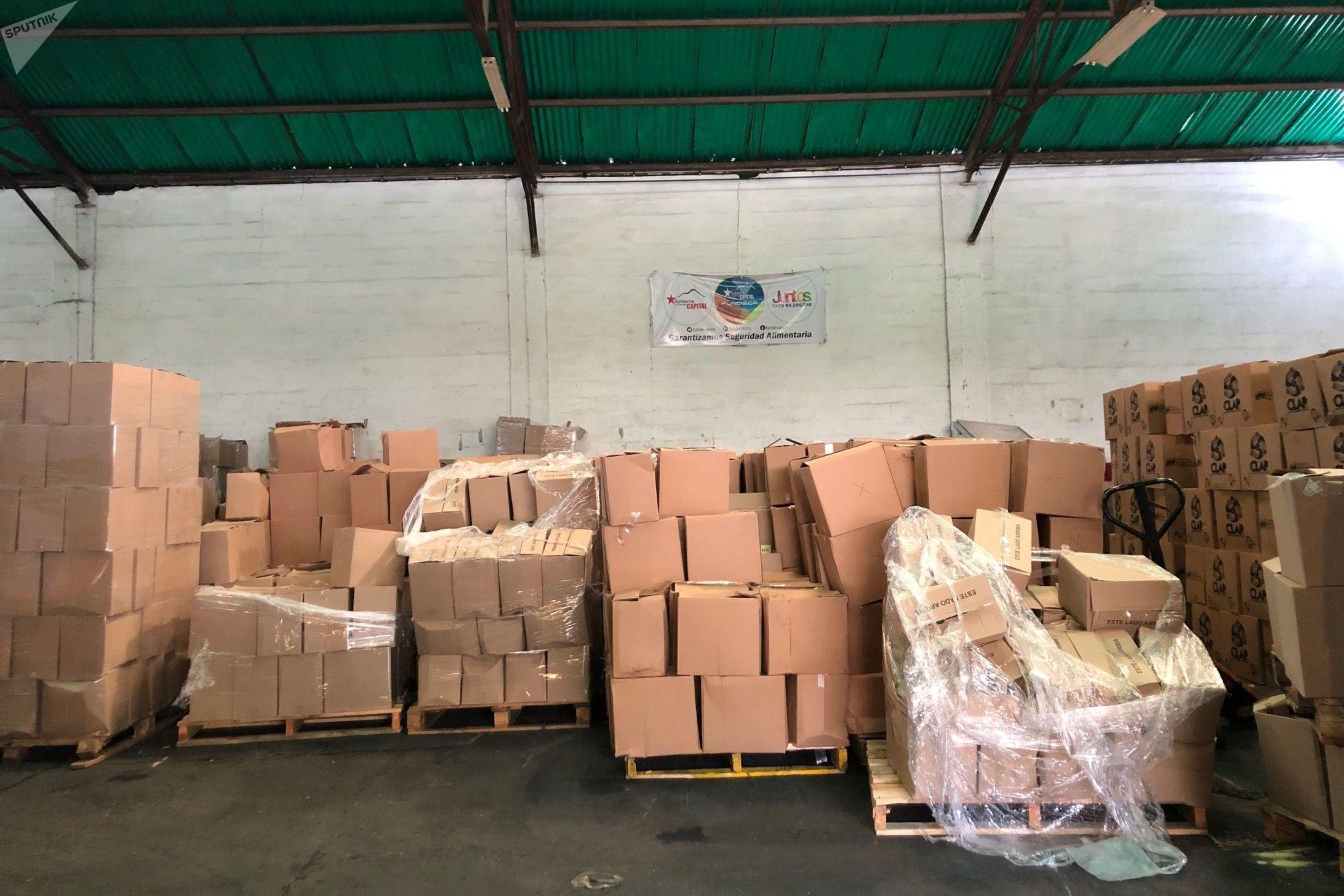 En 2019 los CLAPs han repartido —a pesar del bloqueo de EEUU— 42.086.449 cajas de alimentos a unos 6 millones de familias en toda Venezuela