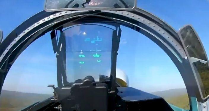 ¿Quieres sentirte piloto de un caza Sukhoi ruso? Mira este vídeo