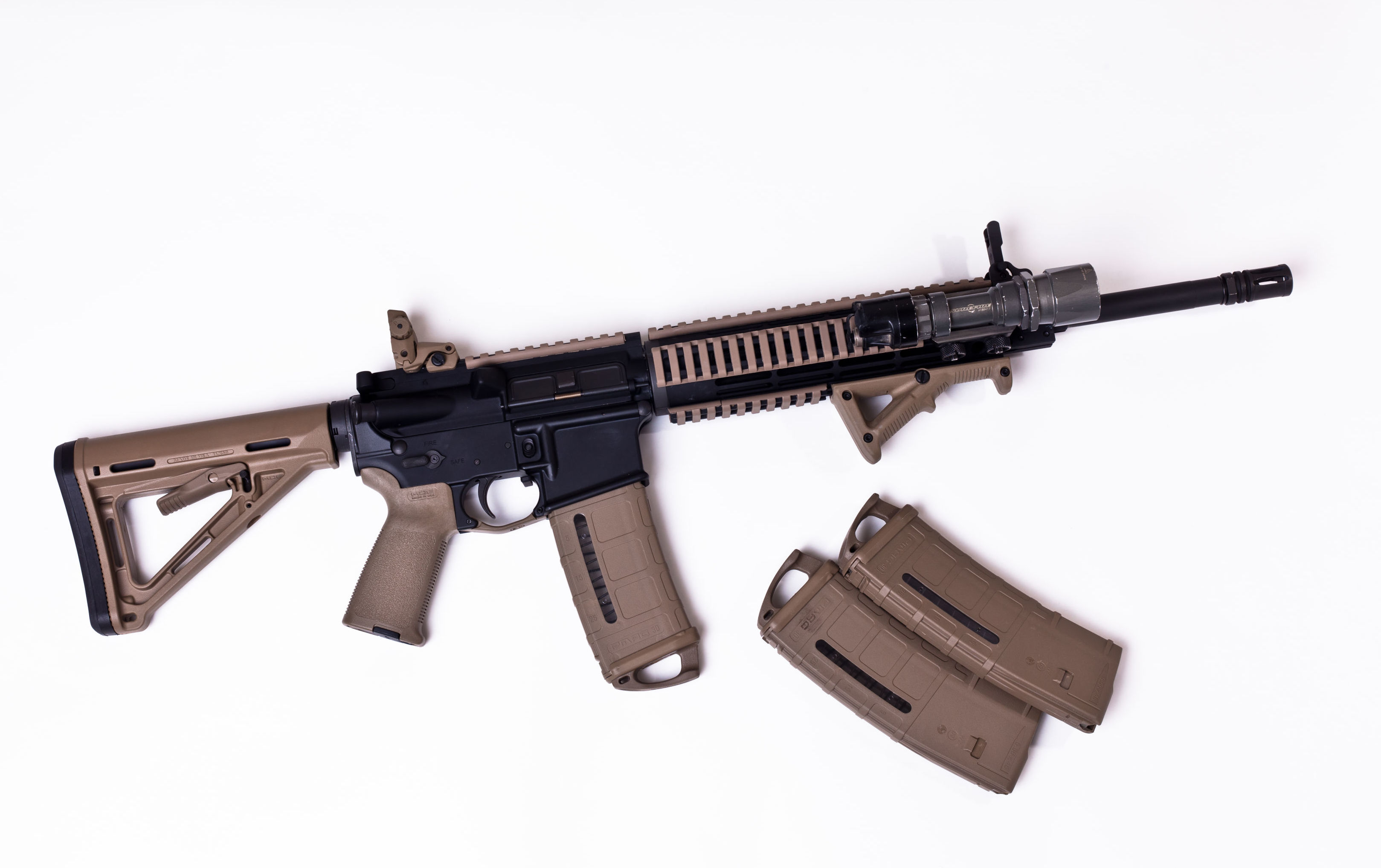 Un Colt AR-15, rifle similar al utilizado en la Masacre de Florida