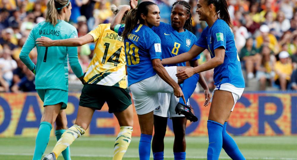 Marta se despide de otro Mundial con fracaso para Brasil
