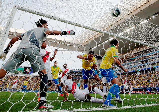 El partido entre Brasil y Perú en la fase de grupos de la Copa América 2019
