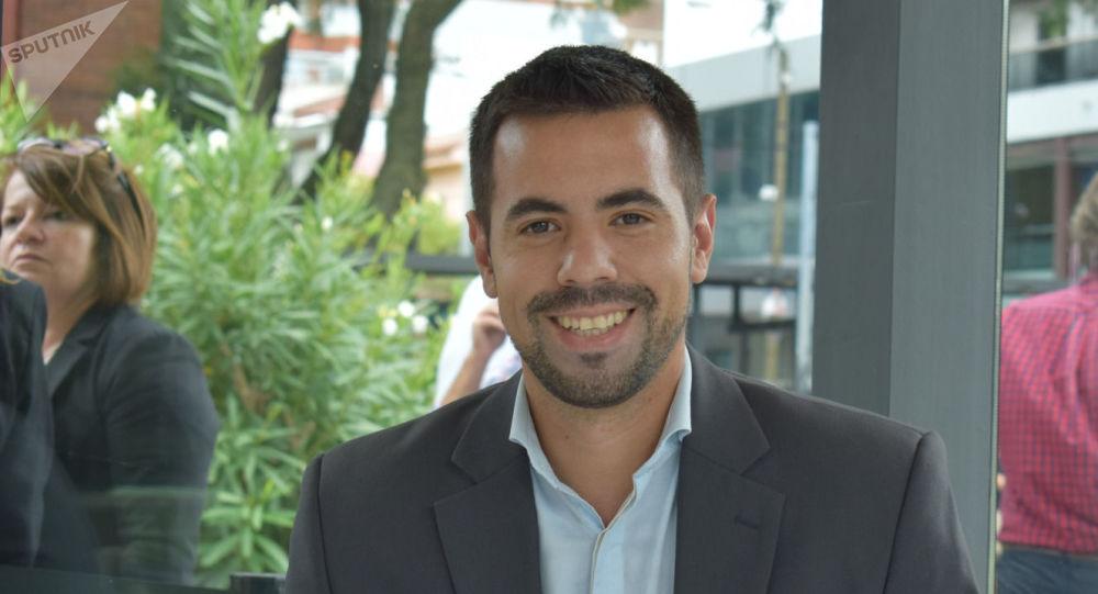 Sebastián Hagobian, experto en relaciones internacionales