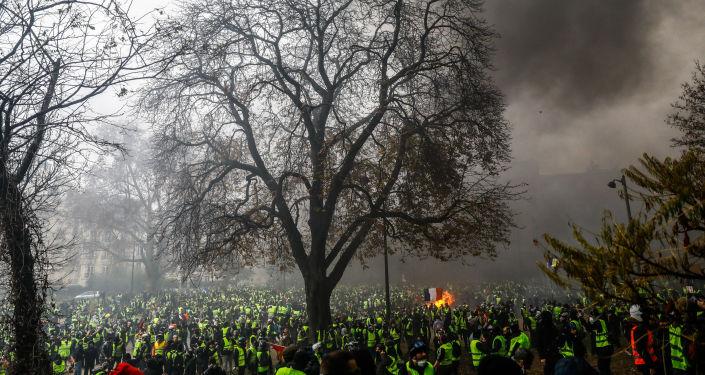 'De un conflicto a otro', del francés Sameer Al-Doumi, está en la categoría 'Noticias principales, fotografías individuales'.