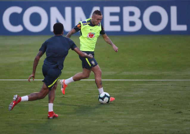 El entrenamiento de la Selección Brasil