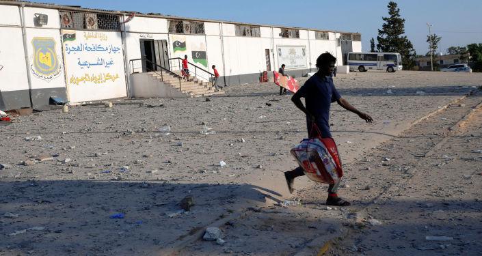 Consecuencias del ataque a un centro de detención de migrantes en Libia