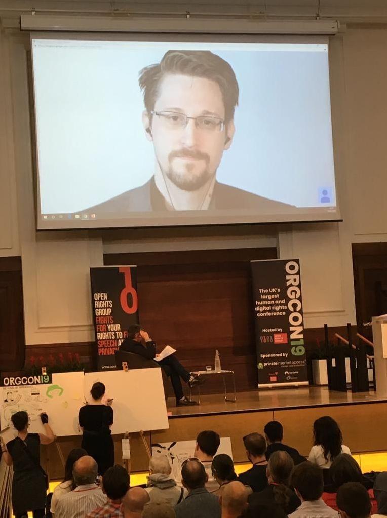 Snowden participa en la conferencia sobre derechos digitales en Londres, Reino Unido
