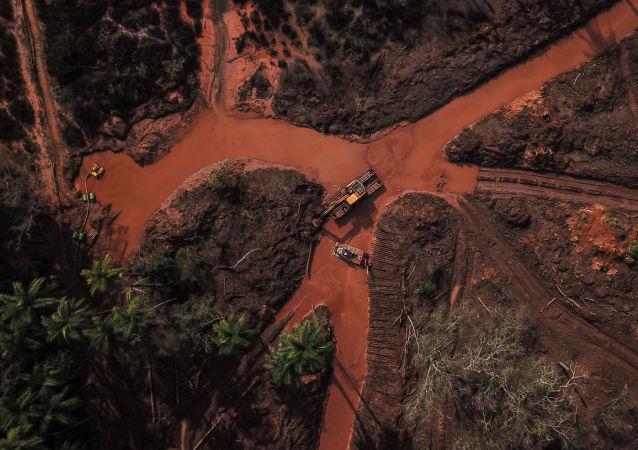 Consecuencias de la rotura de una presa en Brumadinho