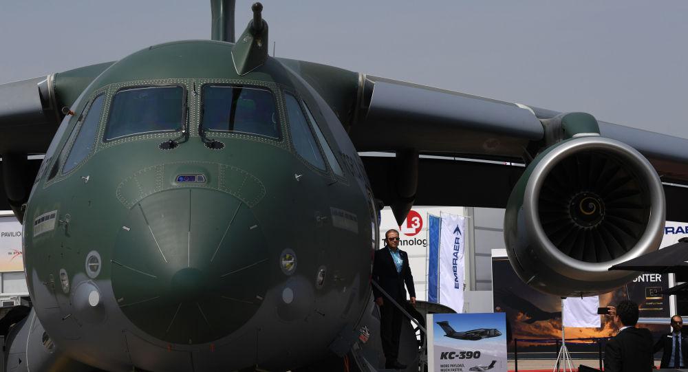 El avión de transporte KC-390