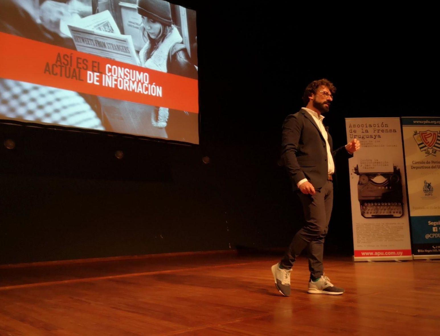 Marc Amorós García, autor del libro 'Fake News- La verdad de las noticias falsas'