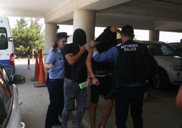 La policía chipriota arresta a los turistas israelíes