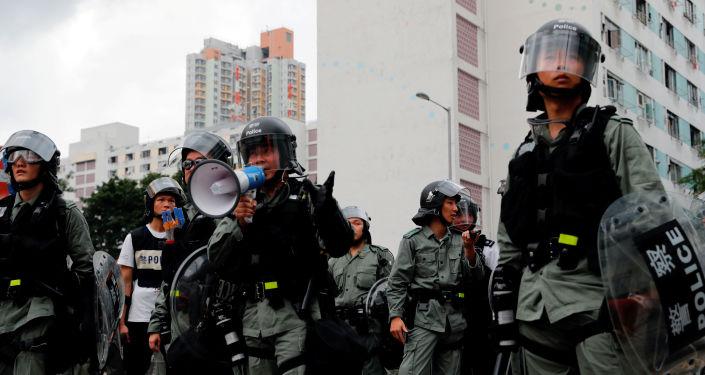 La policía en las protestas de Hong Kong