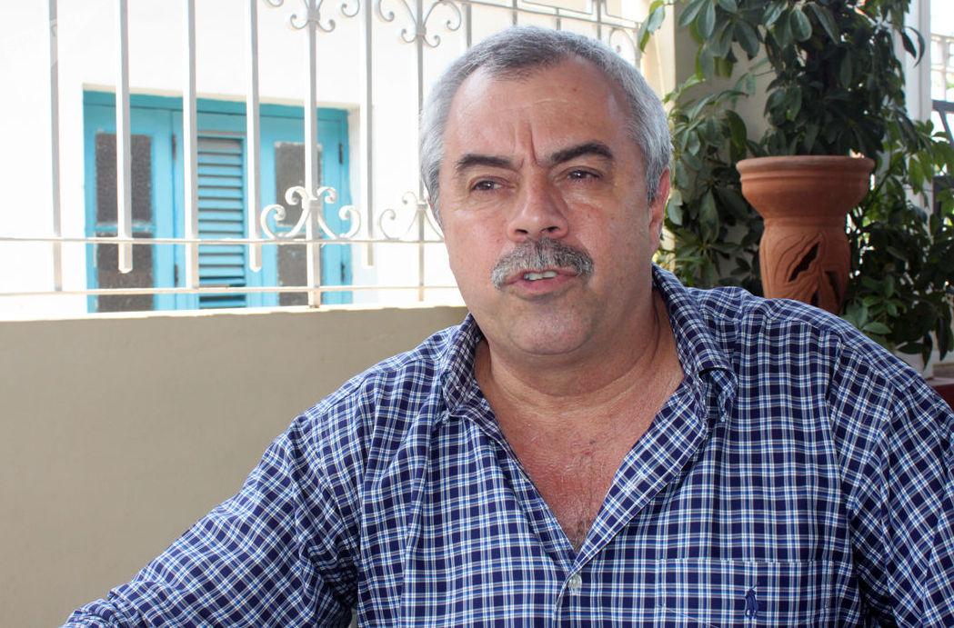 Carlos Alberto Cremata, fundador y director de la compañía cubana de teatro infantil La Colmenita