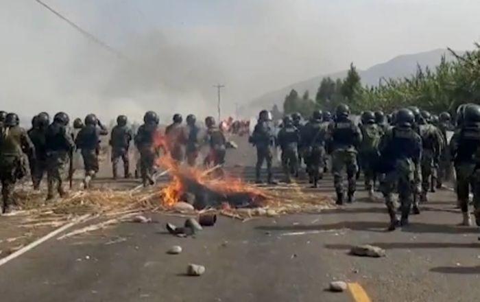 Varios heridos en los enfrentamientos entre los opositores al proyecto minero y la Policía de Perú