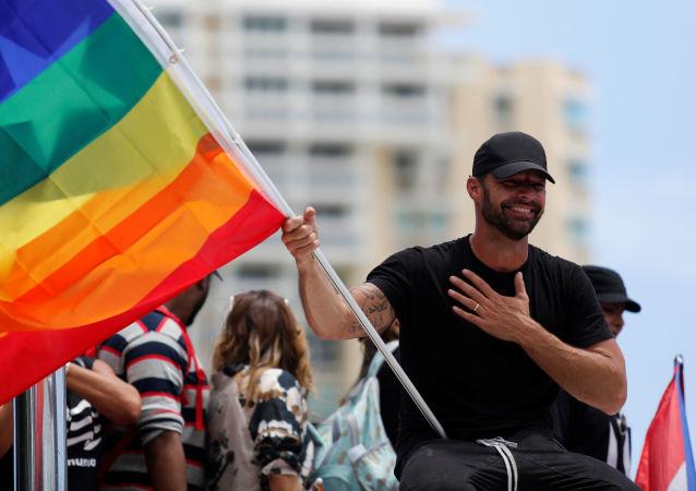 Ricky Martin durante las manifestaciones en contra del gobernador de Puerto Rico Ricardo Rosselló