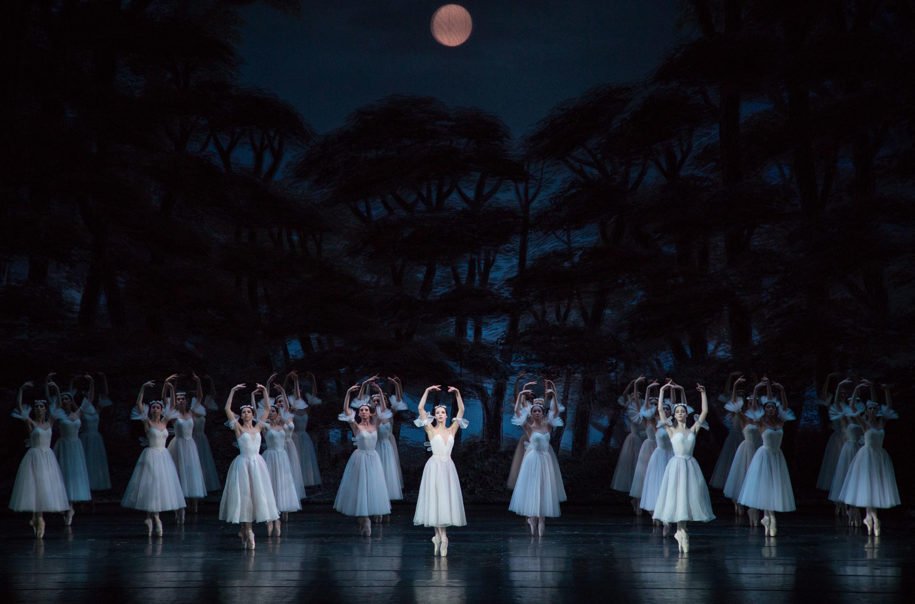 El ballet clásico 'Giselle' en el teatro Stanislavski en Moscú