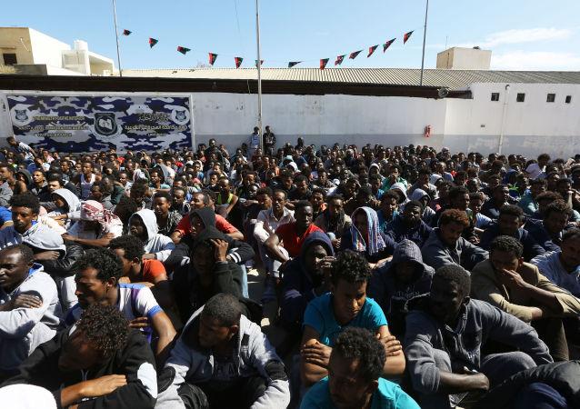 Inmigrantes ilegales en Libia