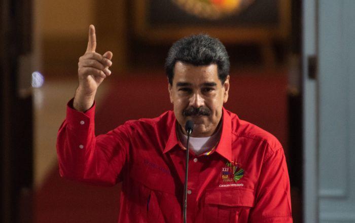Maduro anuncia contraofensiva para lograr victoria ante agresiones contra Venezuela