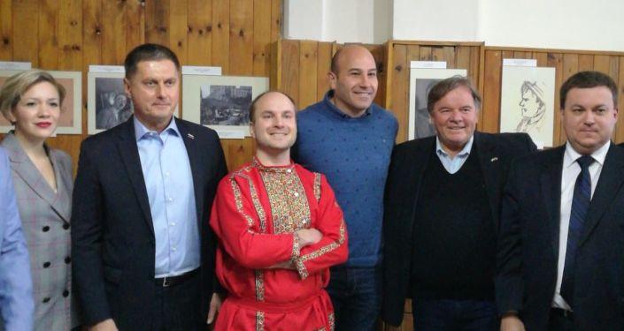Aniversario del Club Cultural y Deportivo Vladimiro Maiakovski, Argentina