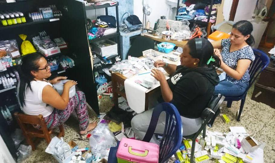 Comuneros del barrio caraqueño Altos de Lídice, en Venezuela