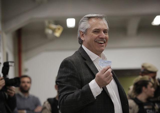 Alberto Fernández, precandidato presidencial argentino