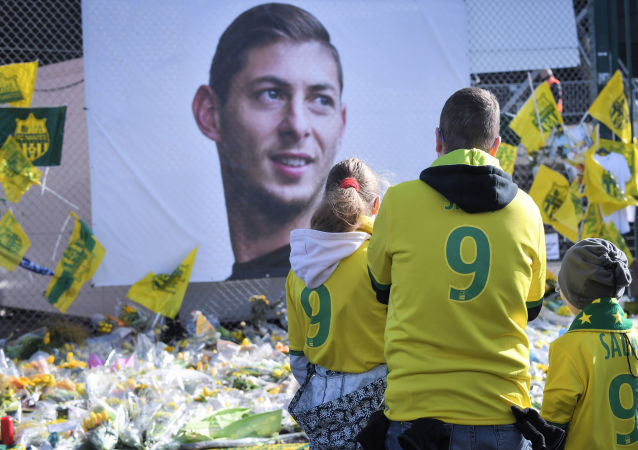El homenaje al futbolista argentino Emiliano Sala
