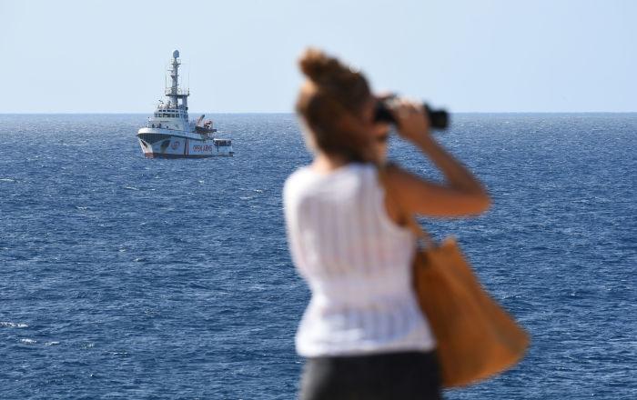 Italia: seis países de la UE aceptan recibir a migrantes del barco Open Arms