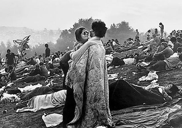 Bobbi Kelly y Nick Ecorline en el Festival de Woodstock 1969