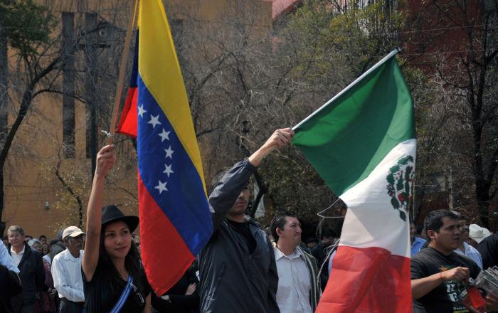 México mantiene neutralidad respecto a la crisis en Venezuela tras recibir a su embajador
