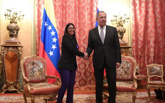 La vicepresidenta de Venezuela trae un mensaje de Maduro a Putin