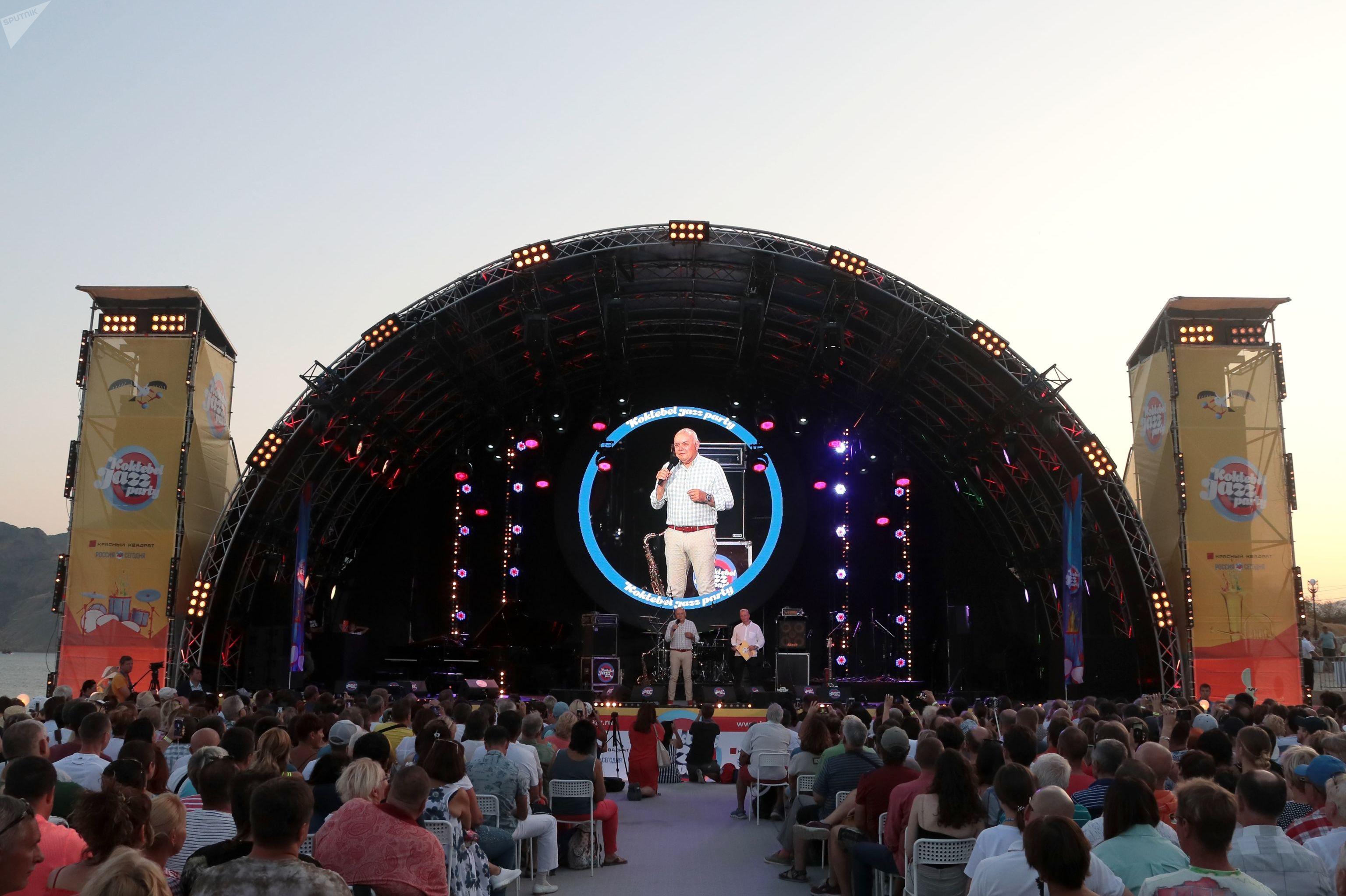 Dmitri Kiseliov, presidente del comité organizador del festival internacional Koktebel Jazz Party