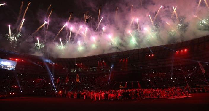 Fuegos artificiales en el Estadio Nacional de Lima (Archivo)