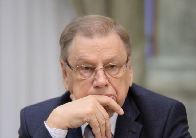 El embajador ruso en Egipto, Serguéi Kirpichenko