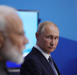Primer ministro indio, Narendra Modi, y presidente ruso, Vladímir Putin