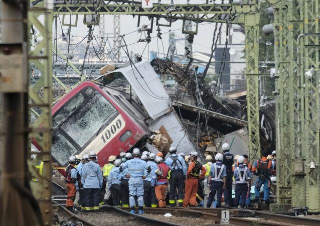 Colisión entre un tren y un camión en Japón