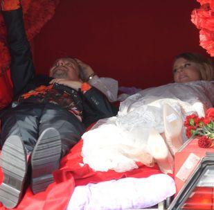 Boda de Ksenia Sobchak con el director teatral Konstantín Bogomólov