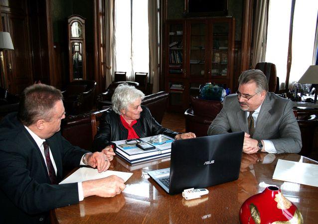 La audiencia del Embajador de Rusia Nikolay Sofinskiy con la Vicepresidente de Uruguay Lucía Topolansky