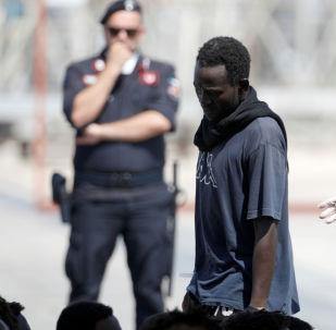 Un migrante en Italia