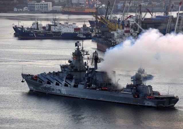 El crucero lanzamisiles Variag