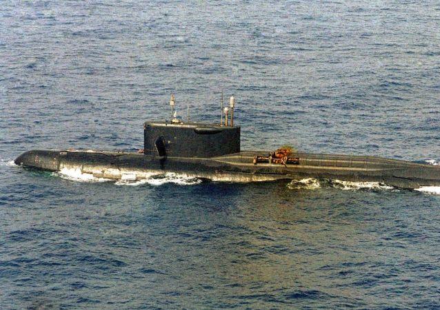 El submarino K-219