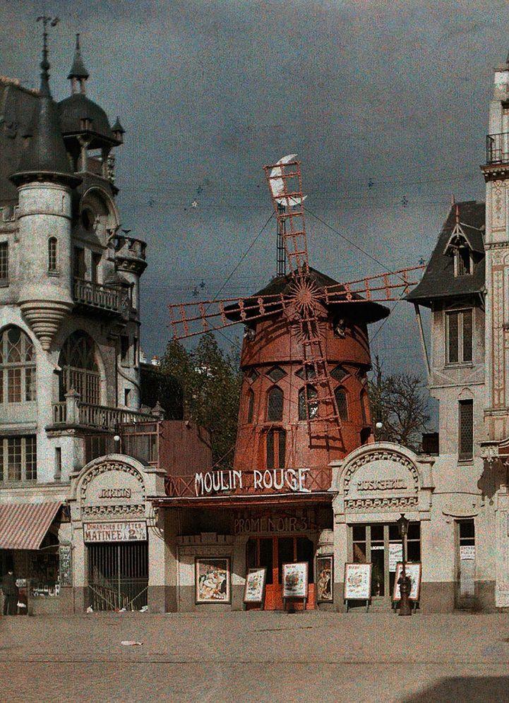 The Moulin Rouge, Paris in color 1914