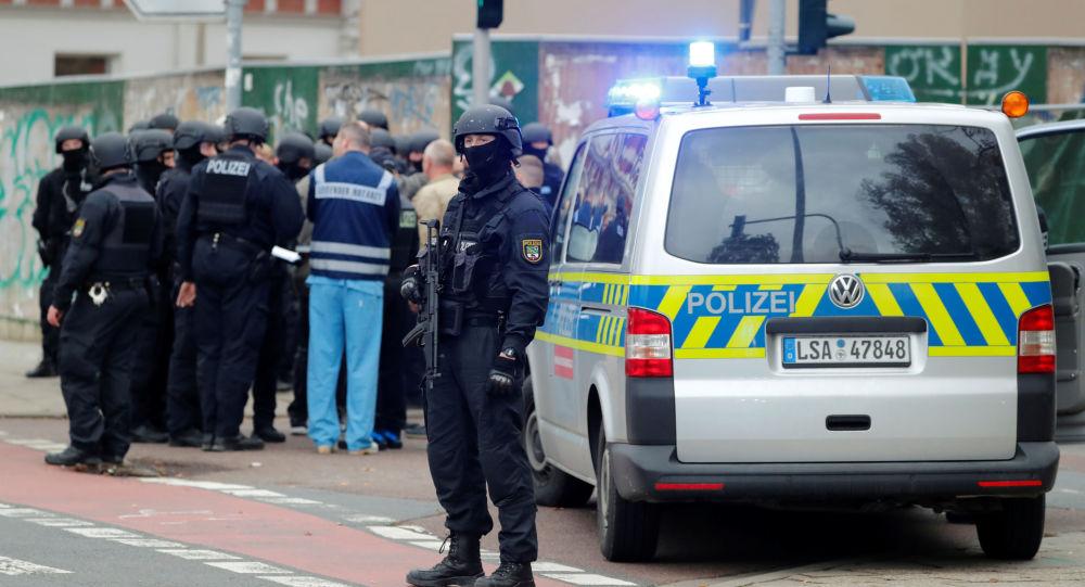 La Policía alemana en el lugar del tiroteo en Halle