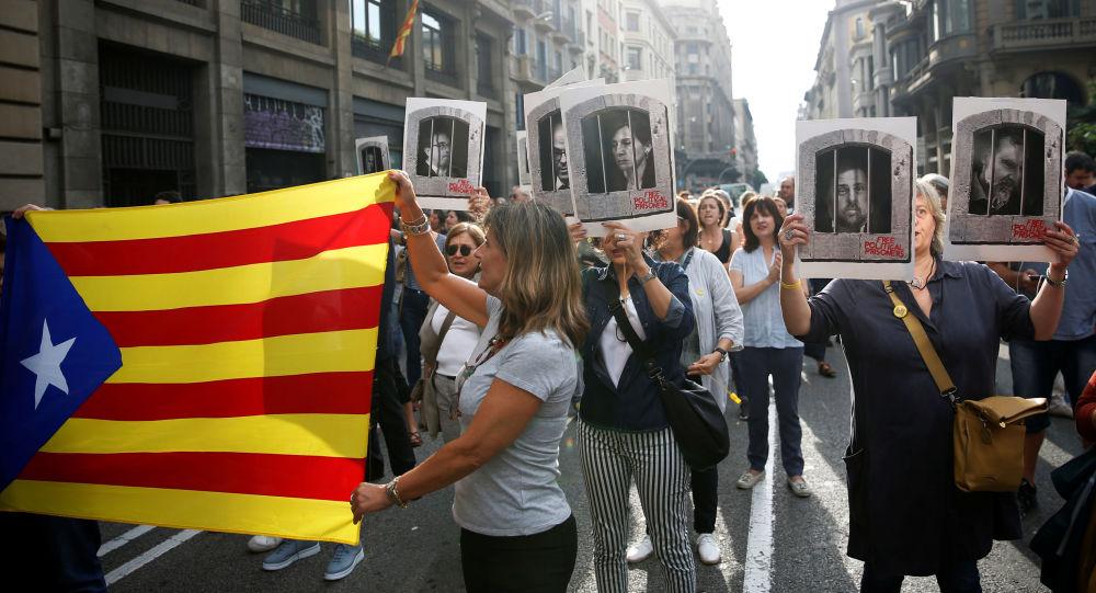 Protesta contra el veredicto para los líderes independentistas catalanes presos
