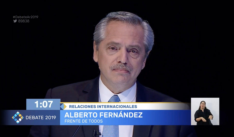 Alberto Fernández, candidato por el Frente de Todos, durante el debate