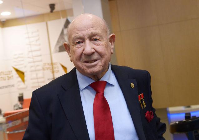 Alexéi Leónov, primer caminante espacial del planeta (archivo)